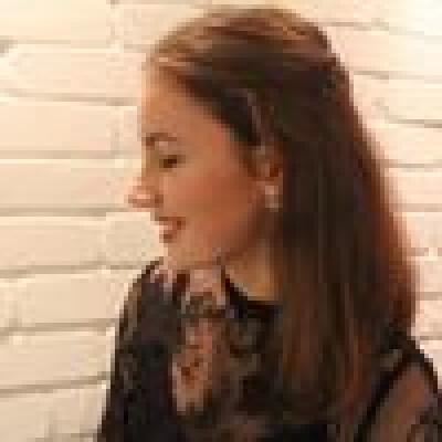 Iris zoekt een Kamer / Appartement / Studio in Amsterdam