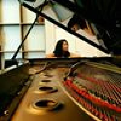 Shermaine zoekt een Appartement / Huurwoning / Studio in Amsterdam