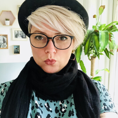 Lisette zoekt een Appartement / Huurwoning / Studio / Woonboot in Amsterdam