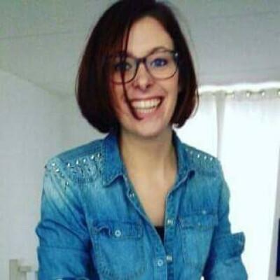 Tineke zoekt een Appartement / Huurwoning / Kamer / Studio in Amsterdam