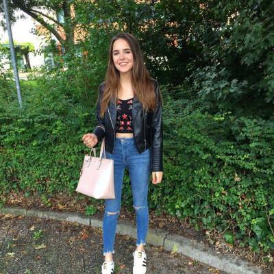 Nadia zoekt een Appartement / Huurwoning / Studio in Amsterdam
