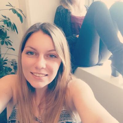 Nora zoekt een Kamer / Appartement / Studio in Amsterdam